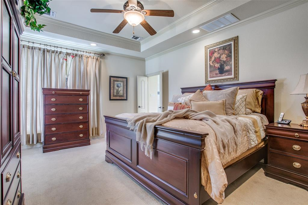 7920 Forest View Court, North Richland Hills, Texas 76182 - acquisto real estate best frisco real estate agent amy gasperini panther creek realtor