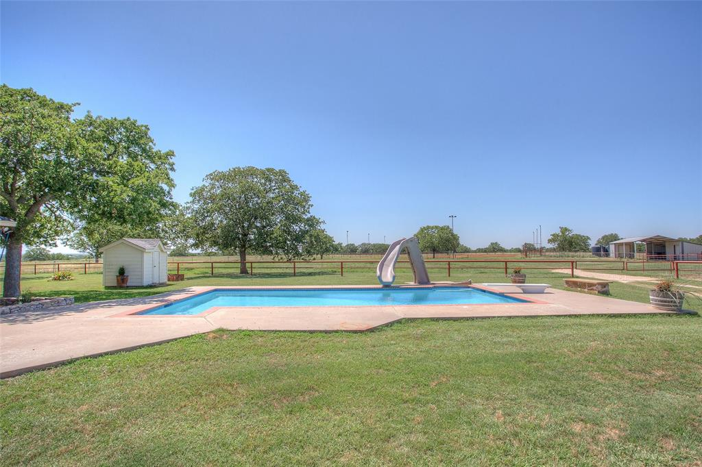 2239 Finis Road, Graham, Texas 76450 - acquisto real estate best photos for luxury listings amy gasperini quick sale real estate