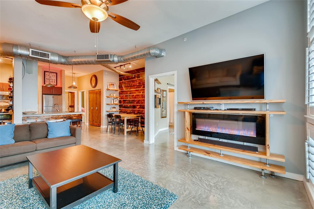 201 Lancaster Avenue, Fort Worth, Texas 76102 - acquisto real estate best celina realtor logan lawrence best dressed realtor
