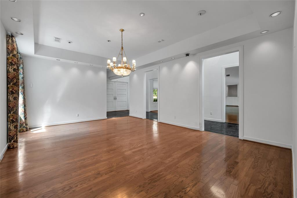 10131 Hollow Way Road, Dallas, Texas 75229 - acquisto real estate best highland park realtor amy gasperini fast real estate service