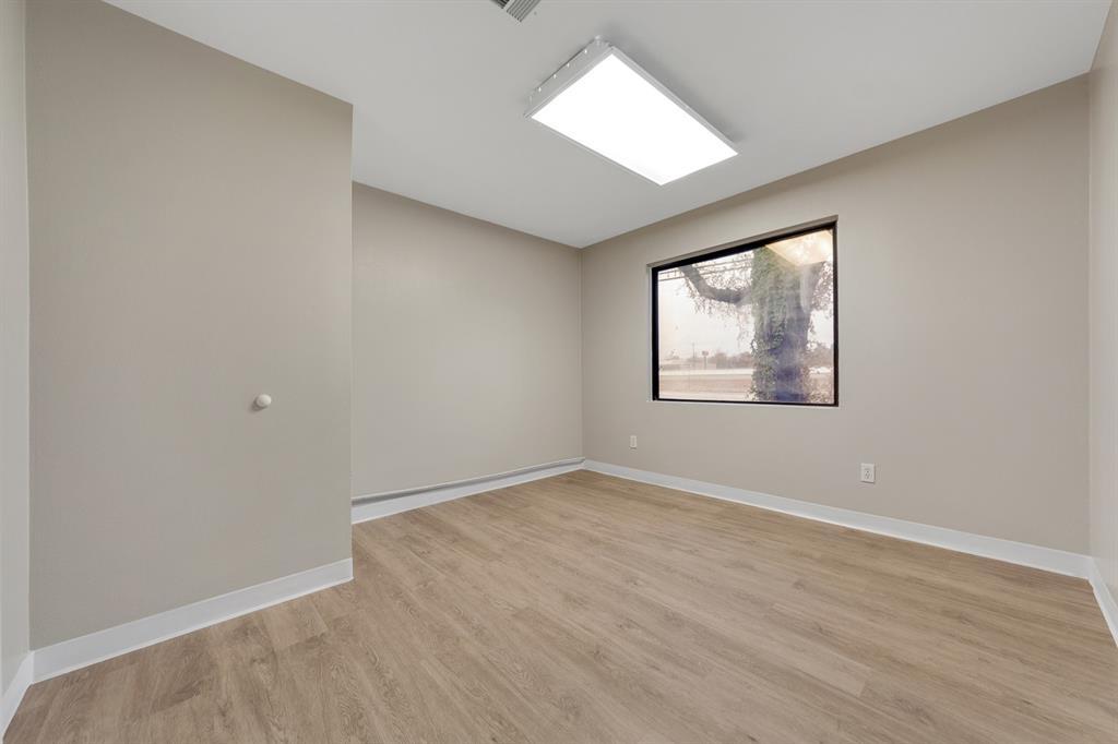 1025 Southeast Parkway, Azle, Texas 76020 - Acquisto Real Estate best frisco realtor Amy Gasperini 1031 exchange expert