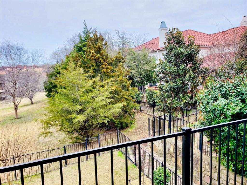 4303 Spyglass Hill Lane, Irving, Texas 75038 - acquisto real estate best photos for luxury listings amy gasperini quick sale real estate