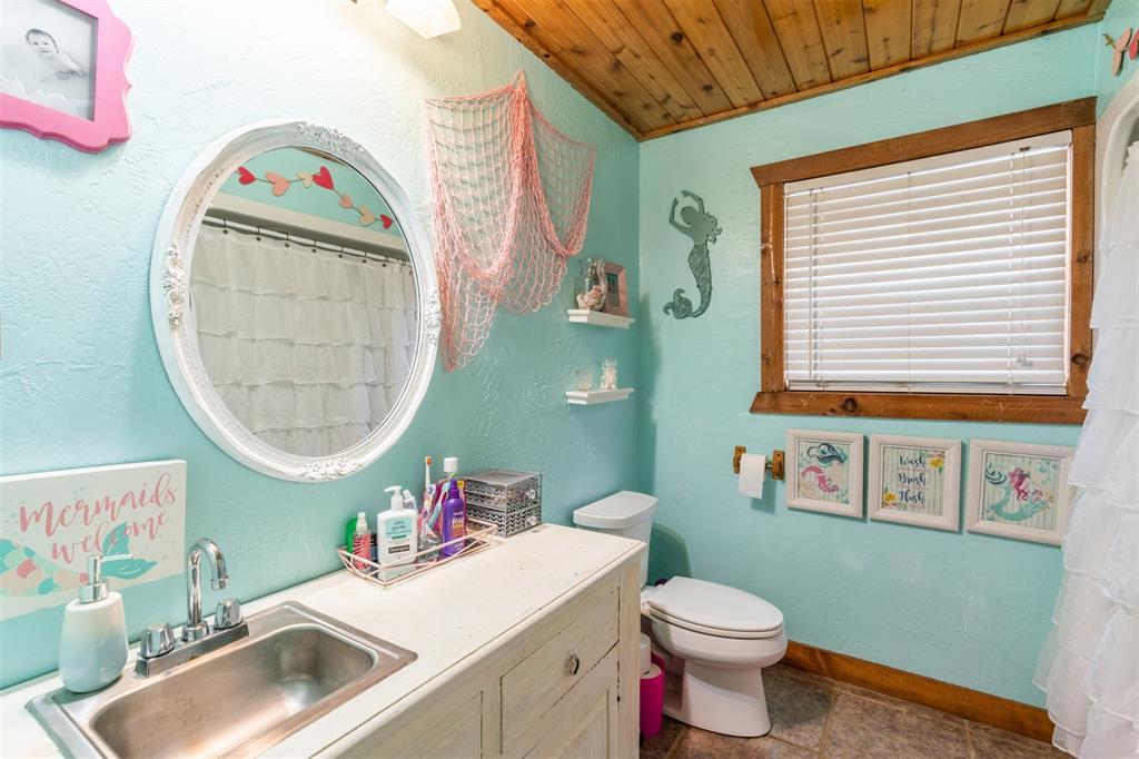 1529 County Road 1220 Lake Creek, Texas 75450 - acquisto real estate best realtor dfw jody daley liberty high school realtor