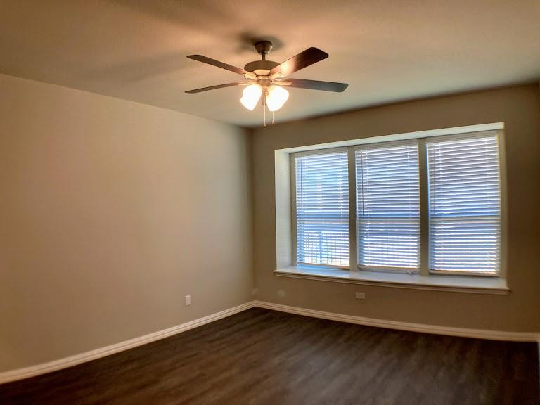 305 Laura Lane, Lewisville, Texas 75067 - acquisto real estate best investor home specialist mike shepherd relocation expert