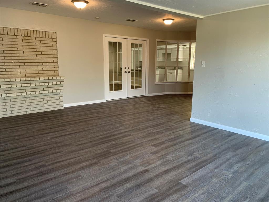 1227 Willow Glen Drive, Dallas, Texas 75232 - acquisto real estate best negotiating realtor linda miller declutter realtor