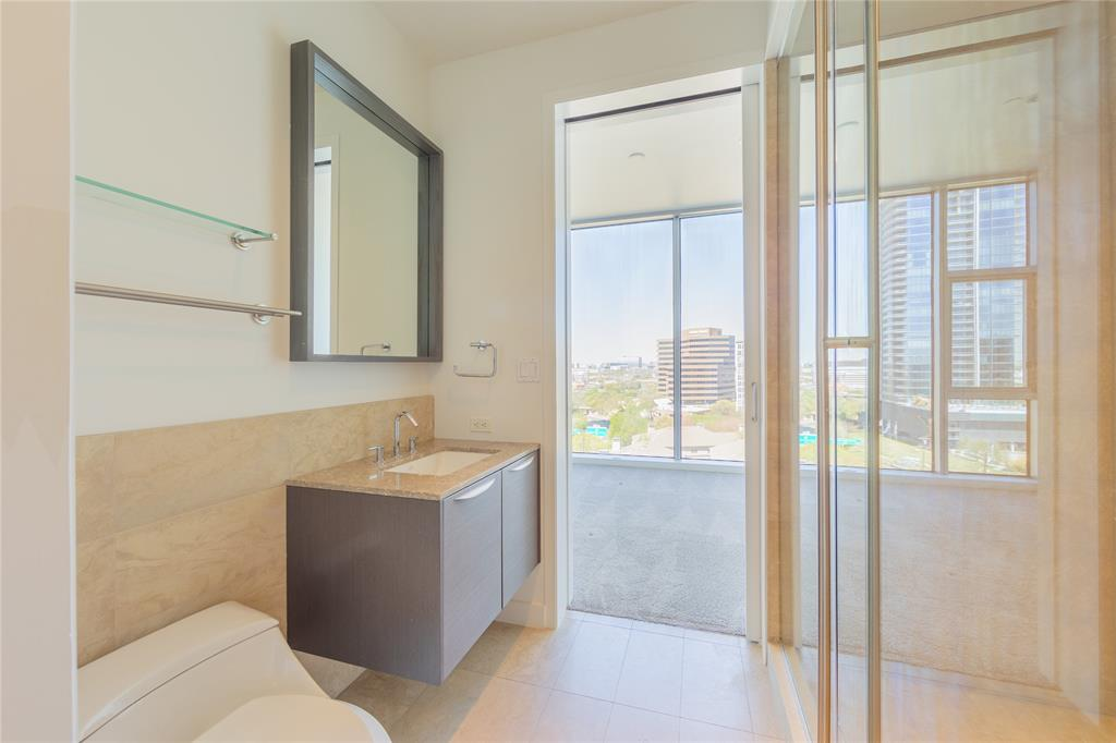 2900 Mckinnon  Street, Dallas, Texas 75201 - acquisto real estate best frisco real estate broker in texas for high net worth buyers