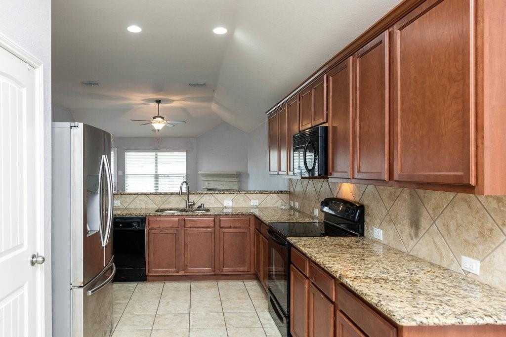 1337 Shelley Drive, Burleson, Texas 76028 - acquisto real estate best luxury buyers agent in texas shana acquisto inheritance realtor