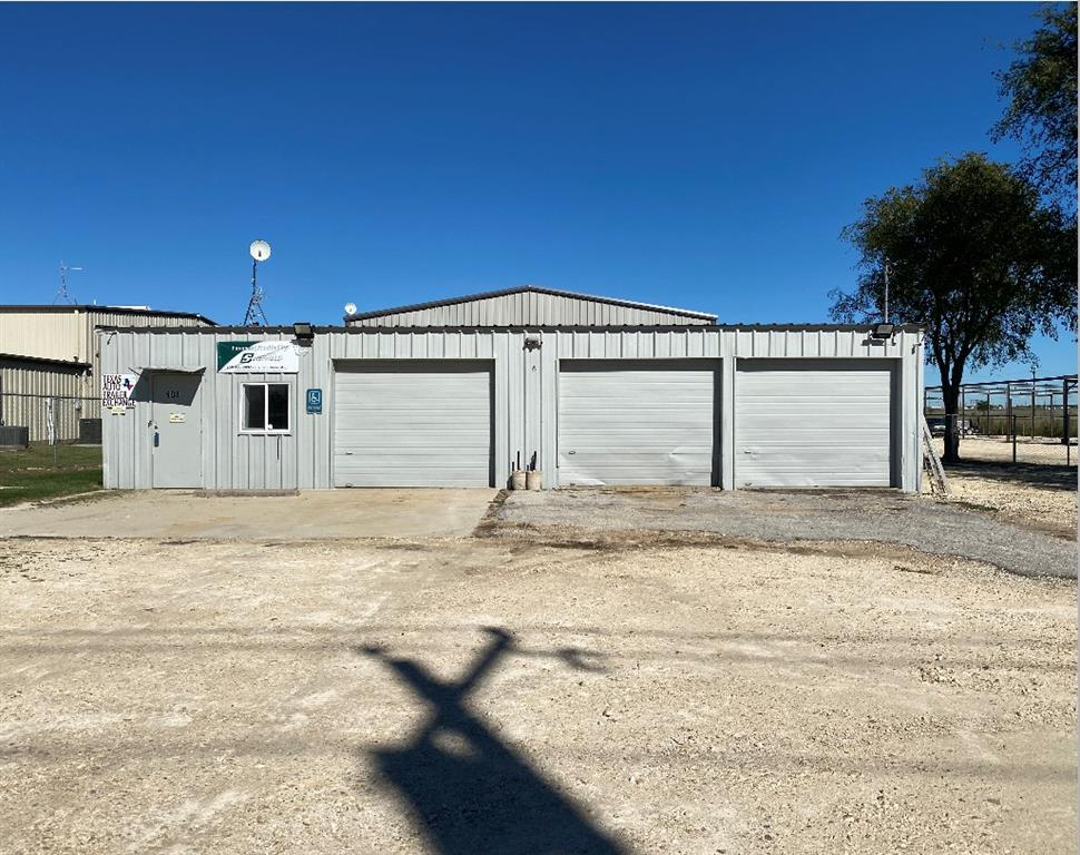 608 Industrial Boulevard, Cleburne, Texas 76033 - Acquisto Real Estate best plano realtor mike Shepherd home owners association expert