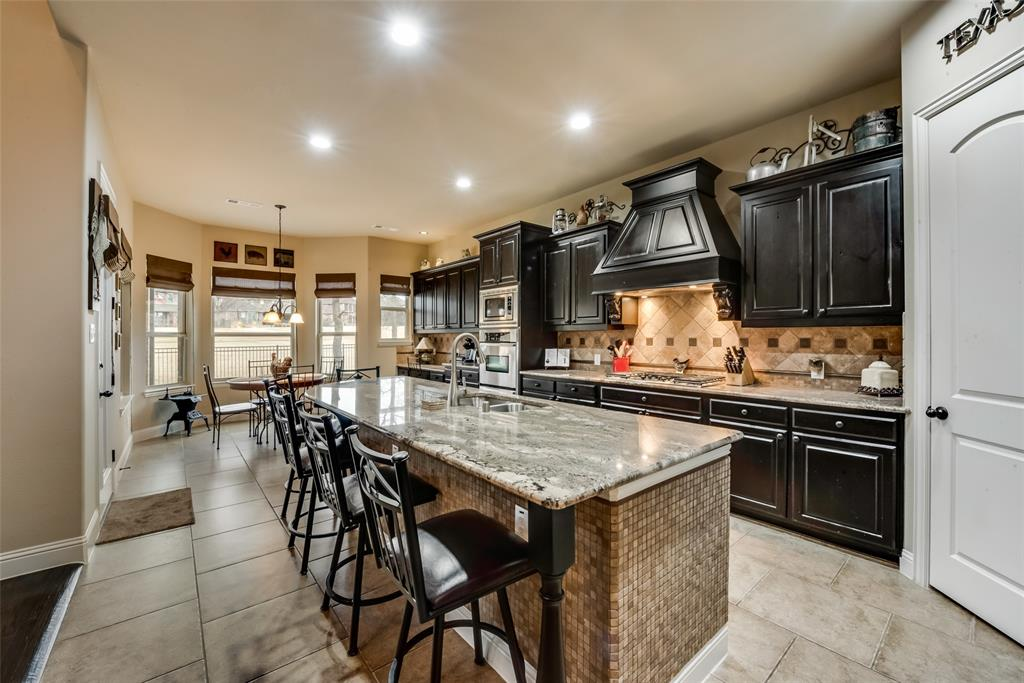 9451 Blanco Drive, Lantana, Texas 76226 - acquisto real estate best real estate company to work for