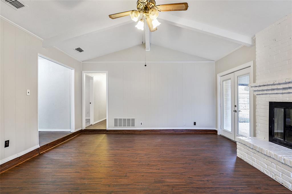 1240 Hanna Circle, DeSoto, Texas 75115 - acquisto real estate best celina realtor logan lawrence best dressed realtor