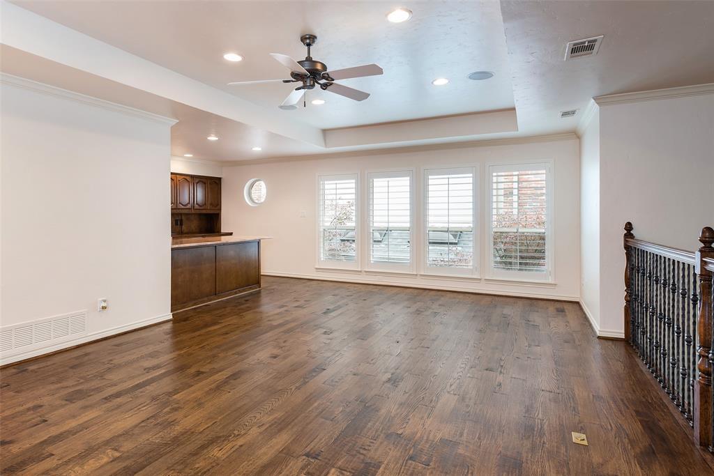 3 Glenshire Court, Dallas, Texas 75225 - acquisto real estate best realtor dfw jody daley liberty high school realtor