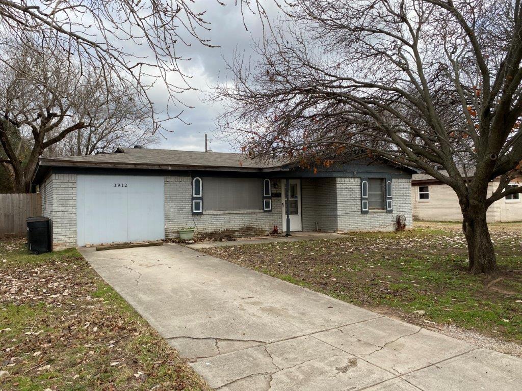 3912 Lakewood Drive, Lake Worth, Texas 76135 - Acquisto Real Estate best mckinney realtor hannah ewing stonebridge ranch expert
