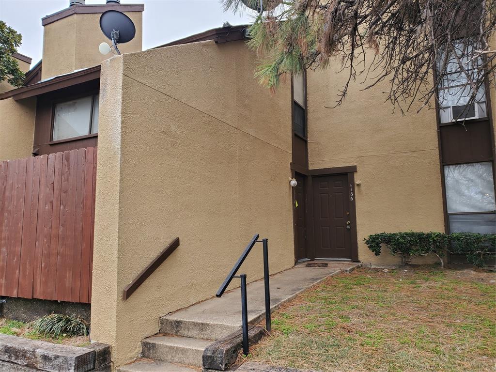 7152 Fair Oaks  Avenue, Dallas, Texas 75231 - Acquisto Real Estate best plano realtor mike Shepherd home owners association expert