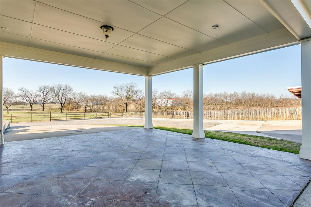 349 Young Bend Road, Brock, Texas 76087 - acquisto real estaet best boutique real estate firm in texas for high net worth sellers