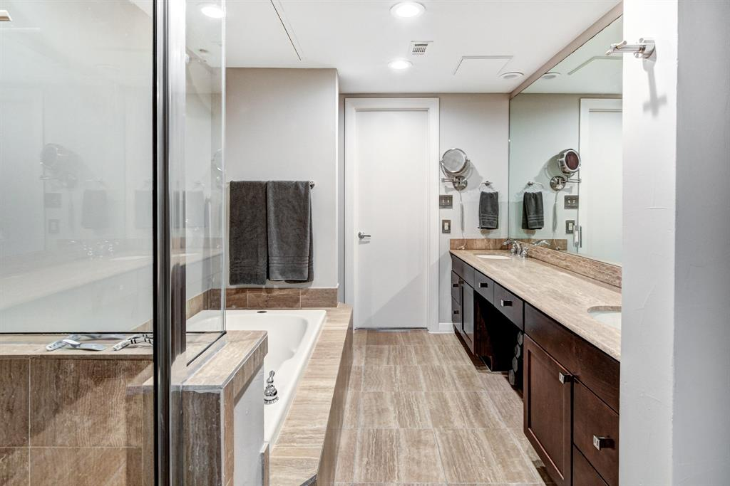 4122 Avondale  Avenue, Dallas, Texas 75219 - acquisto real estate best realtor dallas texas linda miller agent for cultural buyers