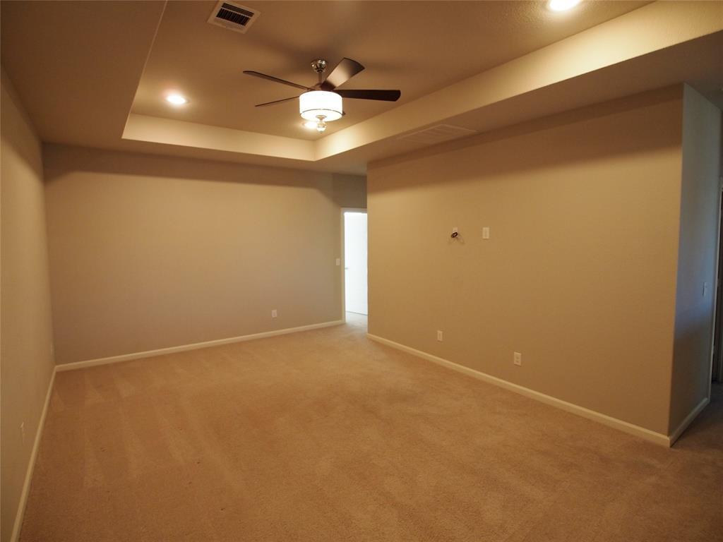 4000 Lemon Grass Way, Arlington, Texas 76005 - acquisto real estate best realtor dallas texas linda miller agent for cultural buyers