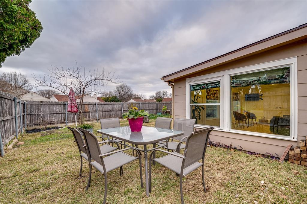 2926 Mars Drive, Garland, Texas 75040 - acquisto real estate best realtor dfw jody daley liberty high school realtor