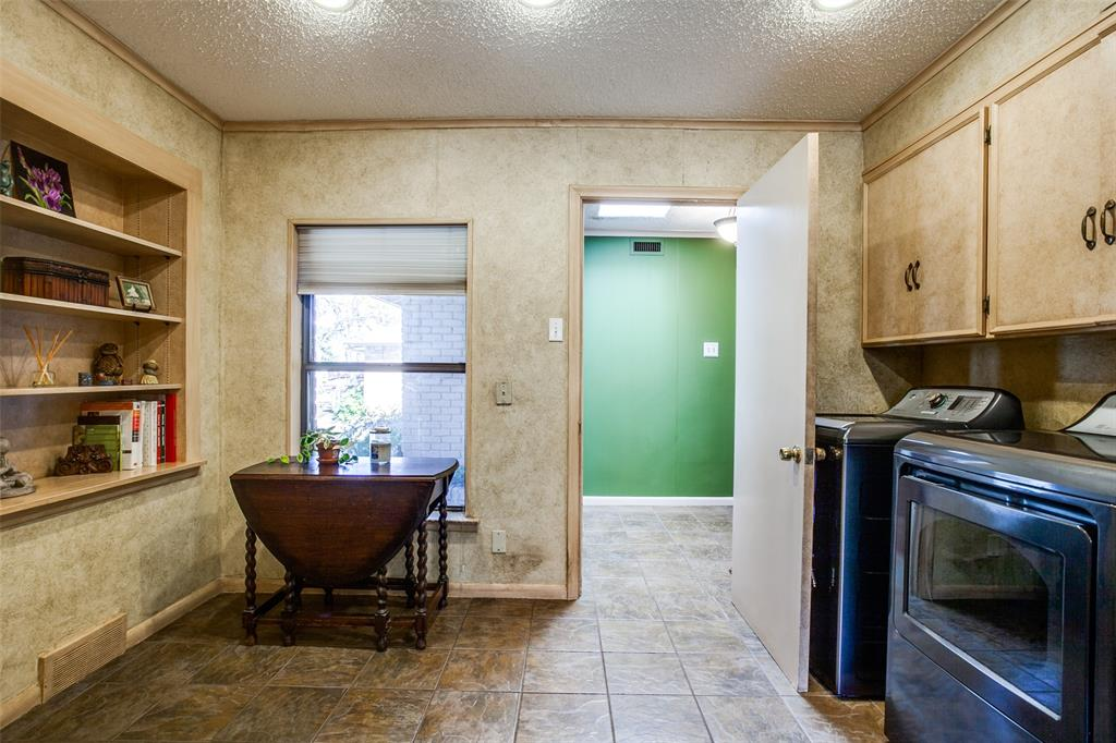 6840 Whitehill Street, Dallas, Texas 75231 - acquisto real estate best listing agent in the nation shana acquisto estate realtor