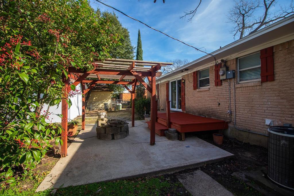 1703 Buena Vista Street, Mesquite, Texas 75149 - acquisto real estate mvp award real estate logan lawrence