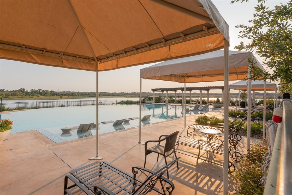 4506 Spanish Indigo Lane, Arlington, Texas 76005 - acquisto real estate best plano real estate agent mike shepherd