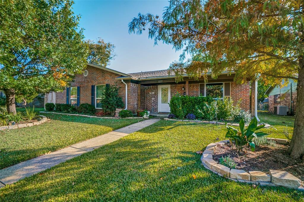 1510 Bowie Street, Garland, Texas 75042 - Acquisto Real Estate best frisco realtor Amy Gasperini 1031 exchange expert