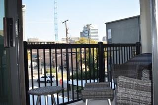 4122 Avondale  Avenue, Dallas, Texas 75219 - acquisto real estate best negotiating realtor linda miller declutter realtor
