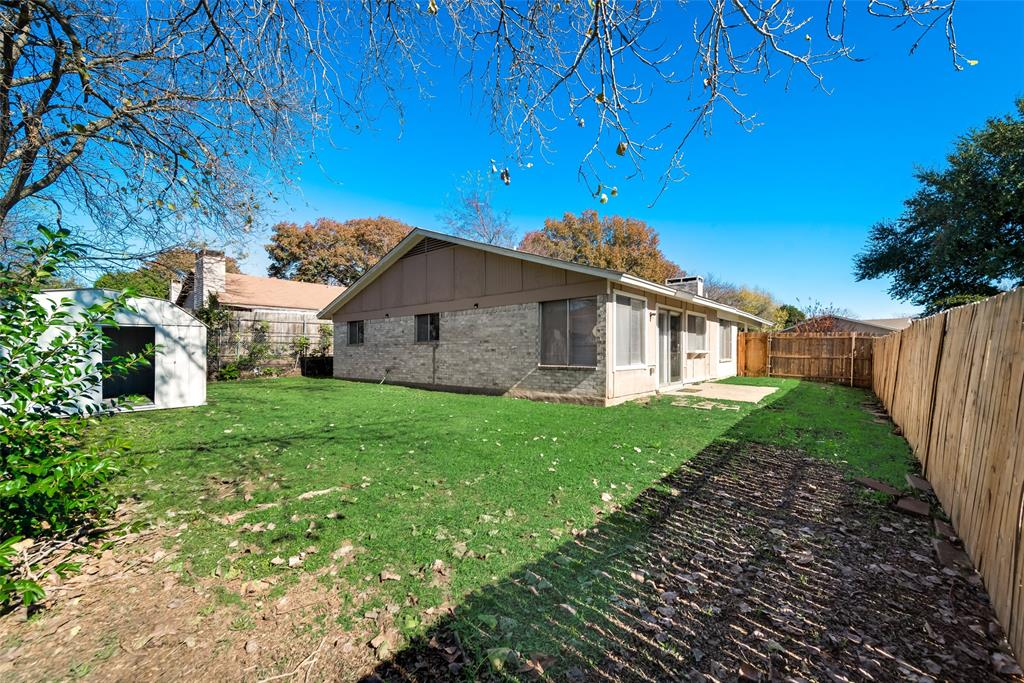 1615 Shannon Drive, Duncanville, Texas 75137 - acquisto real estate best realtor foreclosure real estate mike shepeherd walnut grove realtor