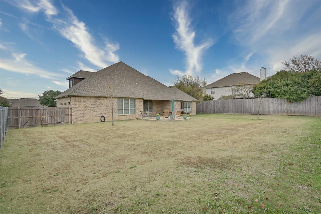 7108 Bursey Road, North Richland Hills, Texas 76182 - acquisto real estate mvp award real estate logan lawrence