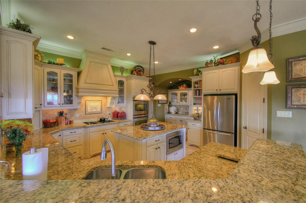 4425 Fairway View Drive, Fort Worth, Texas 76008 - acquisto real estate best luxury buyers agent in texas shana acquisto inheritance realtor