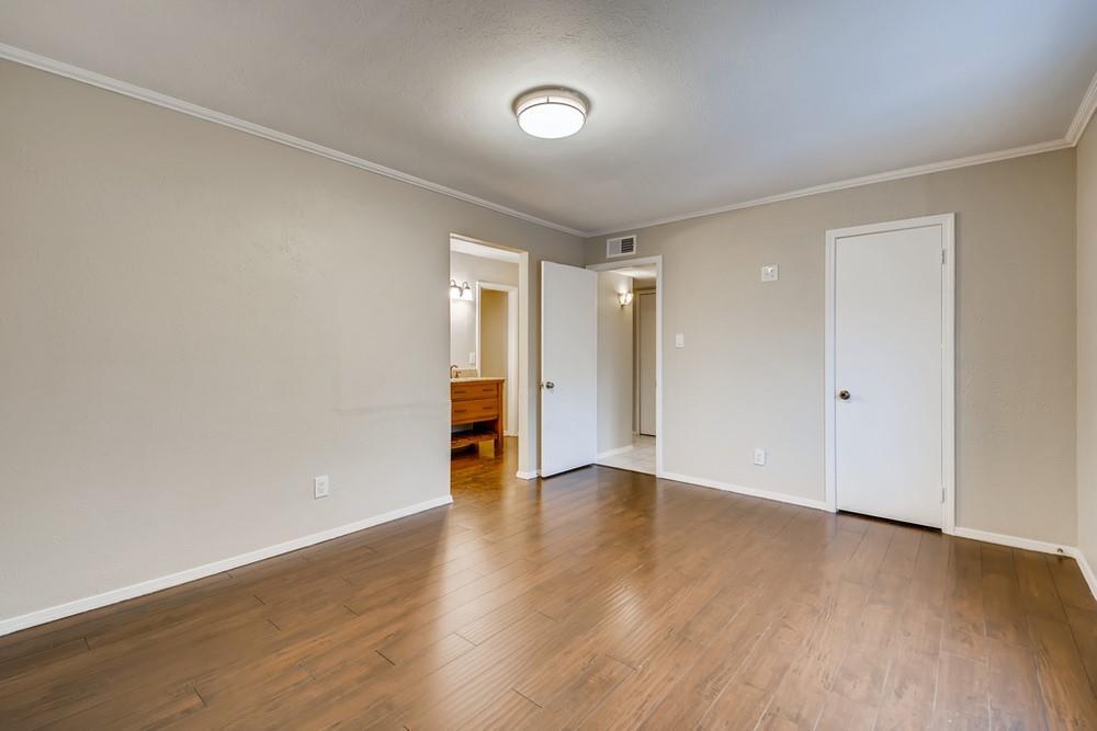 121 Kingsbridge Drive, Garland, Texas 75040 - acquisto real estate best designer and realtor hannah ewing kind realtor