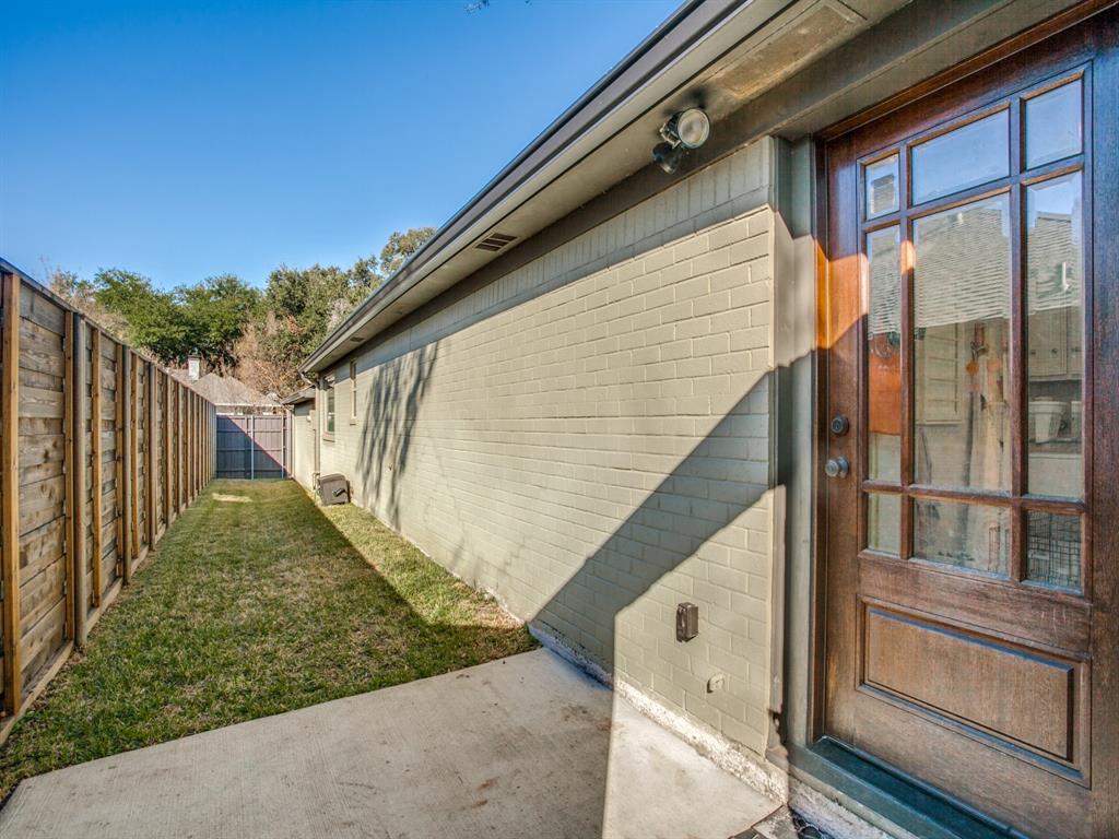6921 Sedgwick Drive, Dallas, Texas 75231 - acquisto real estate mvp award real estate logan lawrence
