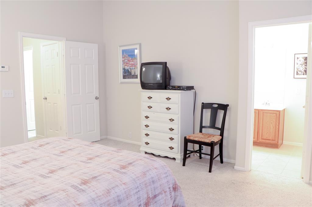 128 Leonard Street, Lewisville, Texas 75057 - acquisto real estate best investor home specialist mike shepherd relocation expert