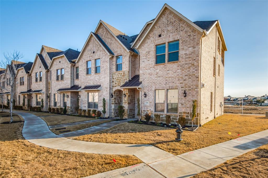 319 Ferndale Street, Lewisville, Texas 75056 - Acquisto Real Estate best frisco realtor Amy Gasperini 1031 exchange expert