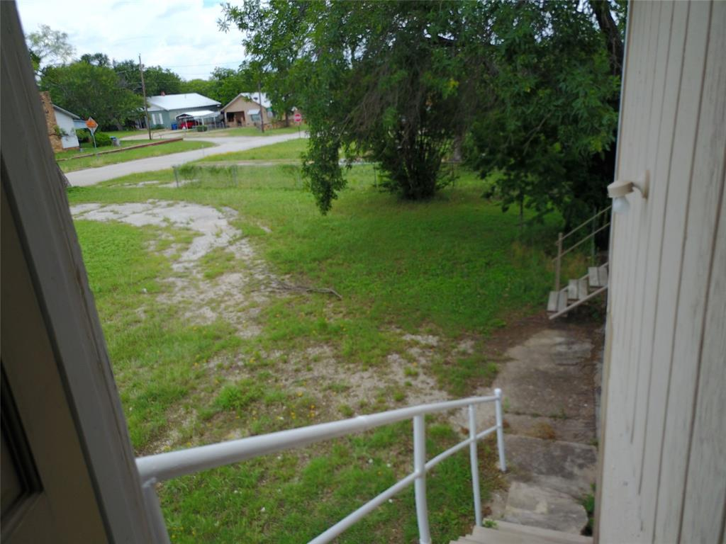 711 Walker  Street, Breckenridge, Texas 76424 - acquisto real estate agent of the year mike shepherd