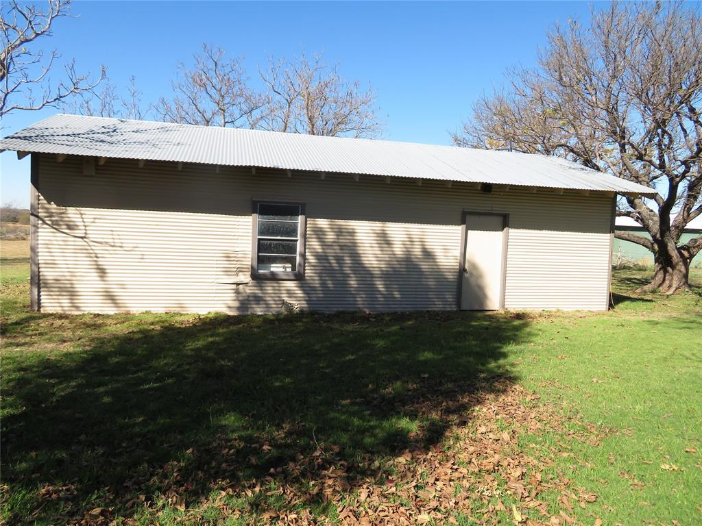 1929 Smyrna  Road, Sunset, Texas 76270 - acquisto real estate best investor home specialist mike shepherd relocation expert