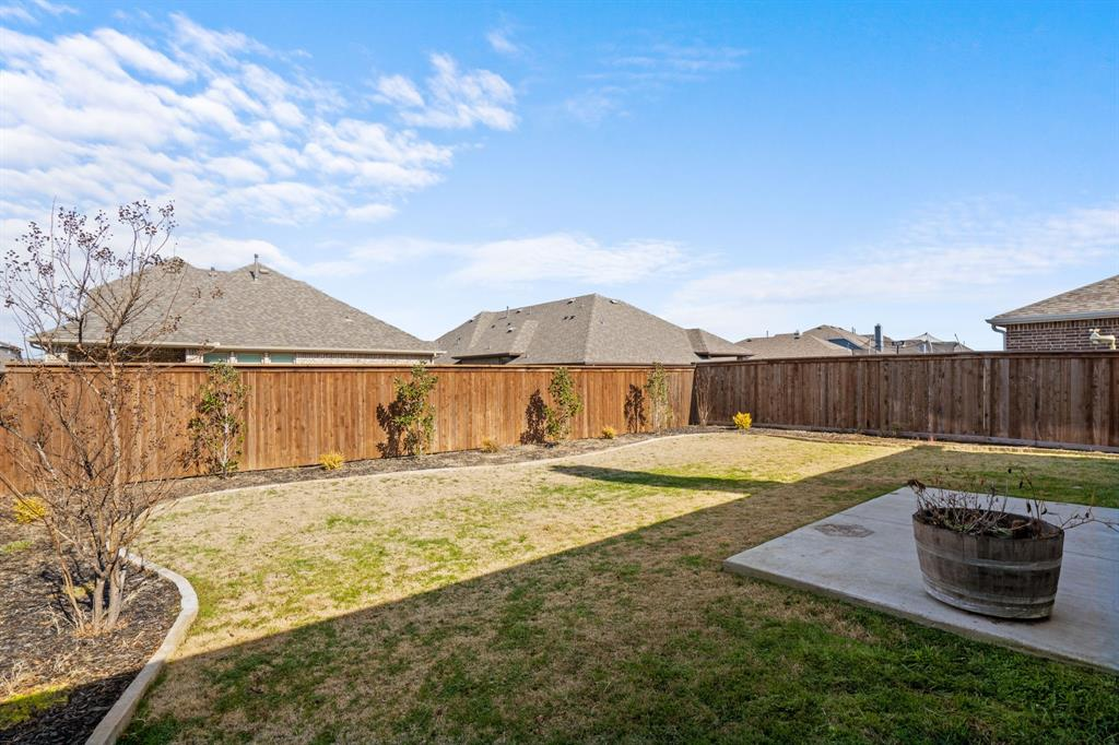 529 Barnstorm Drive, Celina, Texas 75009 - acquisto real estate best negotiating realtor linda miller declutter realtor