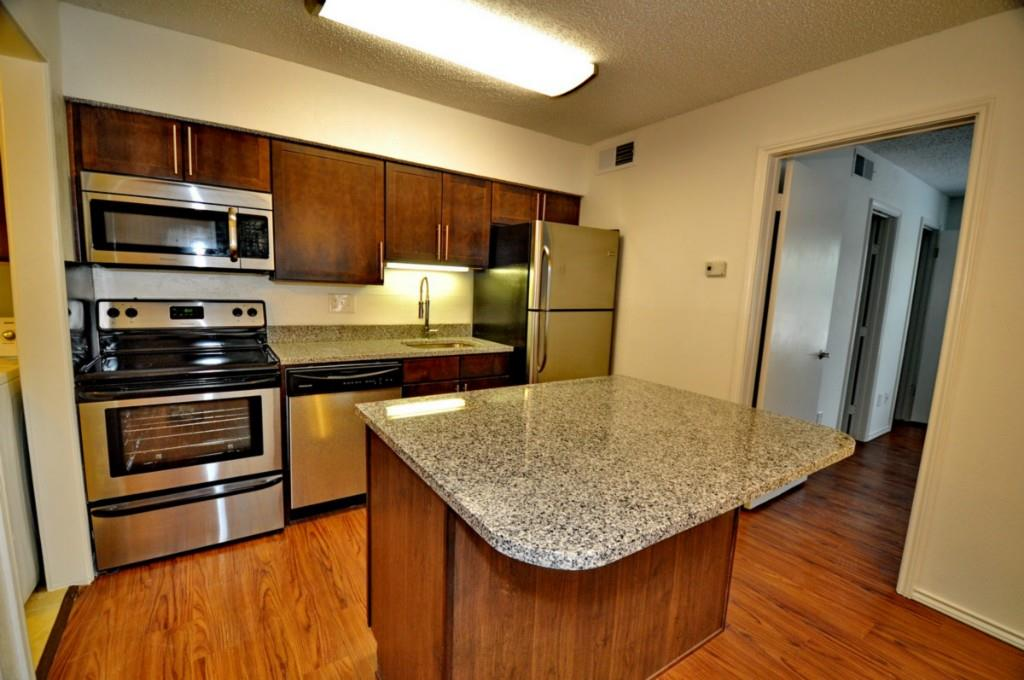 6910 Skillman Street, Dallas, Texas 75231 - acquisto real estate best the colony realtor linda miller the bridges real estate