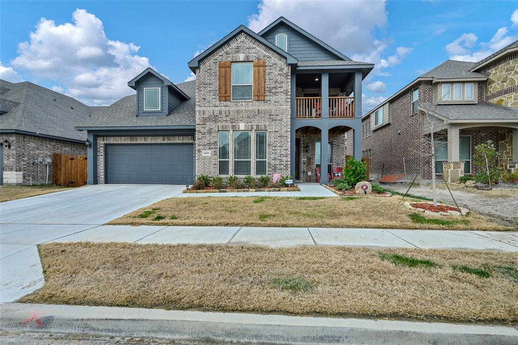 10205 Fox Manor Trail, Fort Worth, Texas 76131 - Acquisto Real Estate best plano realtor mike Shepherd home owners association expert