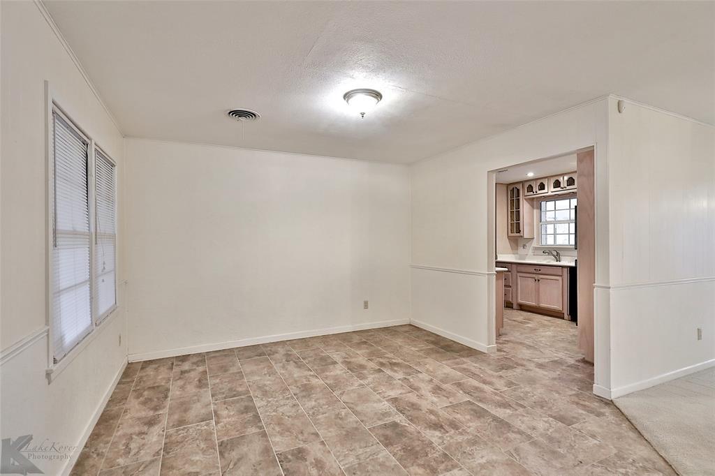2033 Greenbriar Drive, Abilene, Texas 79605 - acquisto real estate best new home sales realtor linda miller executor real estate