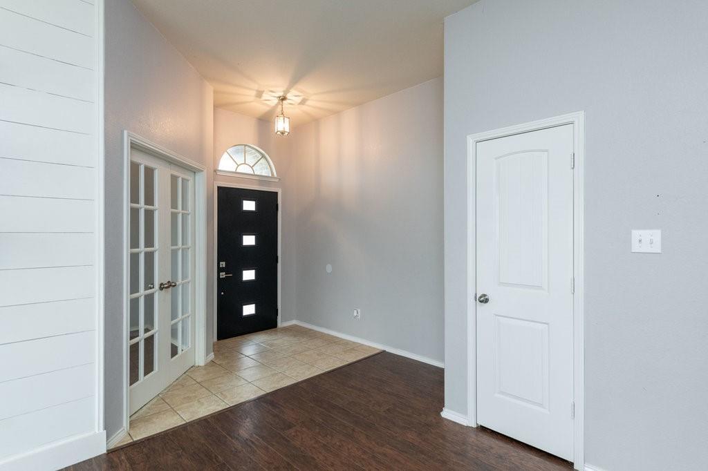 1337 Shelley Drive, Burleson, Texas 76028 - Acquisto Real Estate best mckinney realtor hannah ewing stonebridge ranch expert