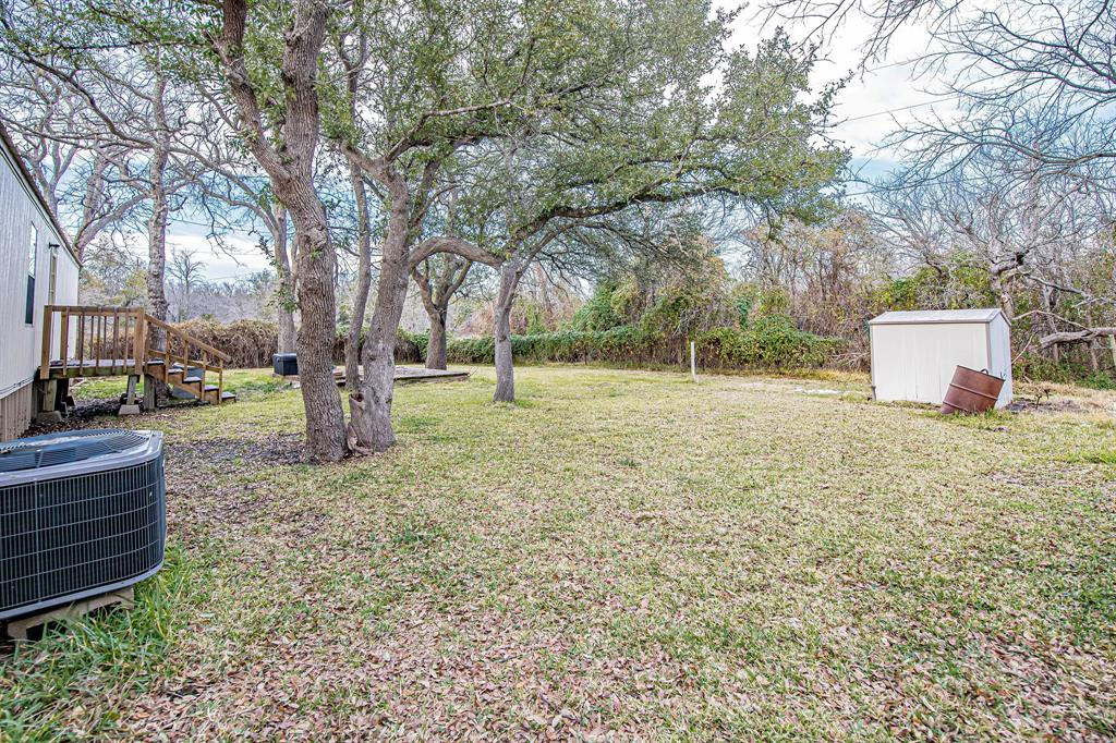 4217 Cottonwood Drive, Granbury, Texas 76048 - acquisto real estate best highland park realtor amy gasperini fast real estate service