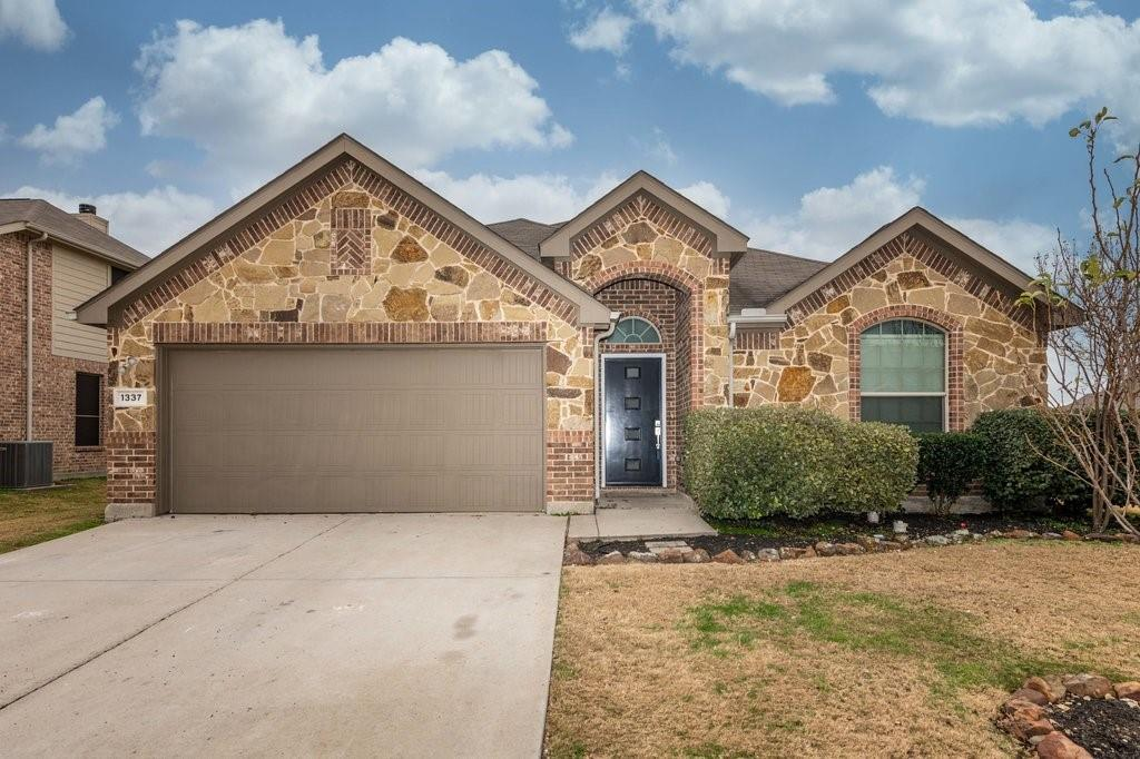 1337 Shelley Drive, Burleson, Texas 76028 - Acquisto Real Estate best plano realtor mike Shepherd home owners association expert