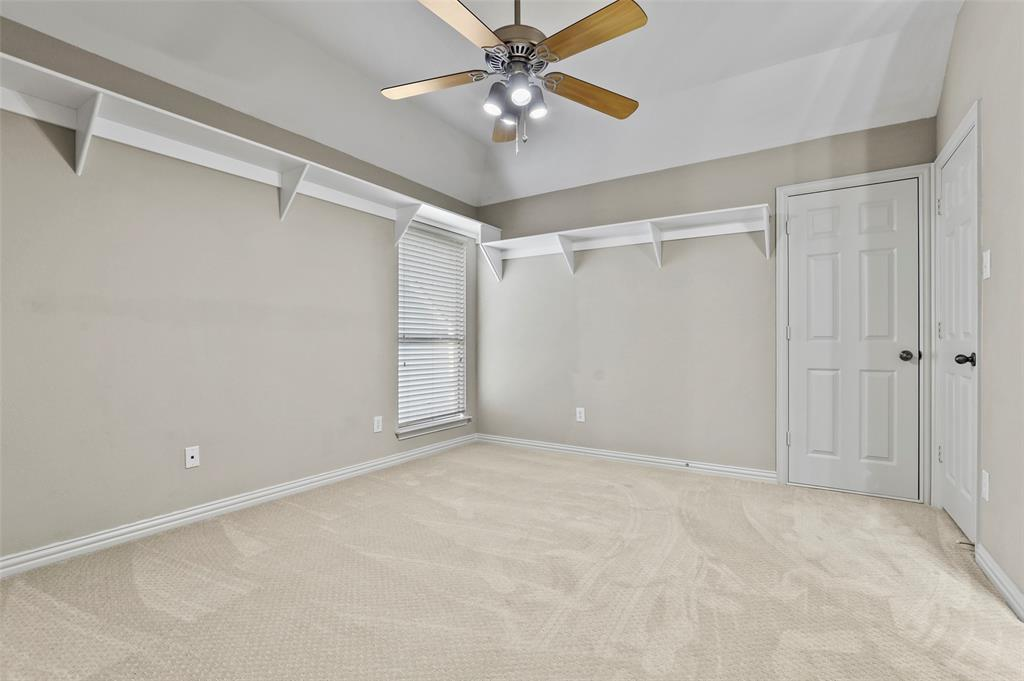 8450 Linden Street, Lantana, Texas 76226 - acquisto real estate best negotiating realtor linda miller declutter realtor