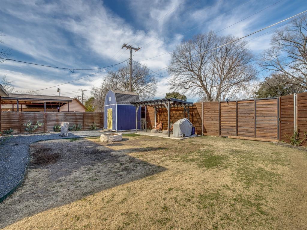 3303 Poinsettia Drive, Dallas, Texas 75211 - acquisto real estate best frisco real estate agent amy gasperini panther creek realtor