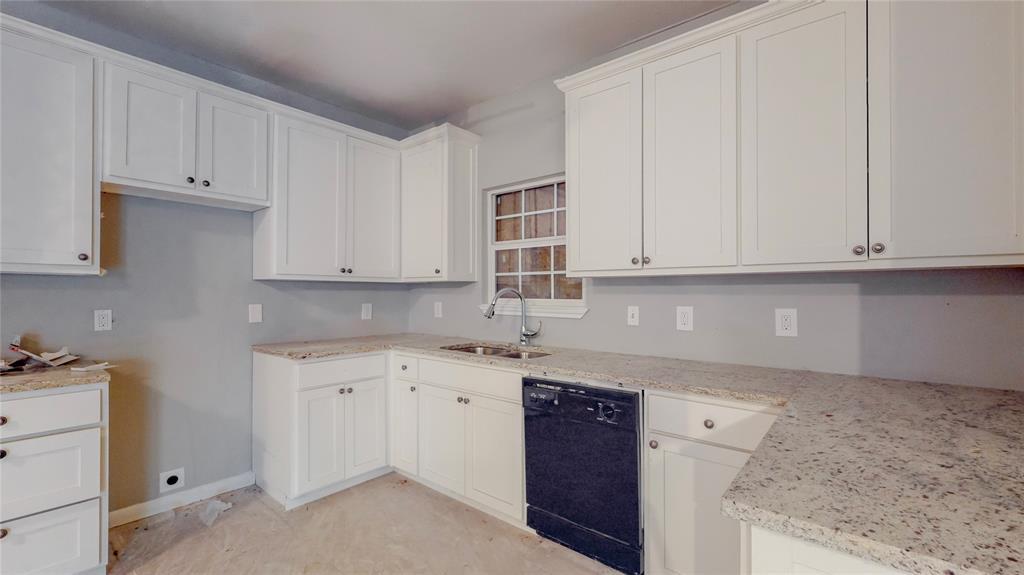 4835 Burnside Avenue, Dallas, Texas 75216 - acquisto real estate best real estate company to work for