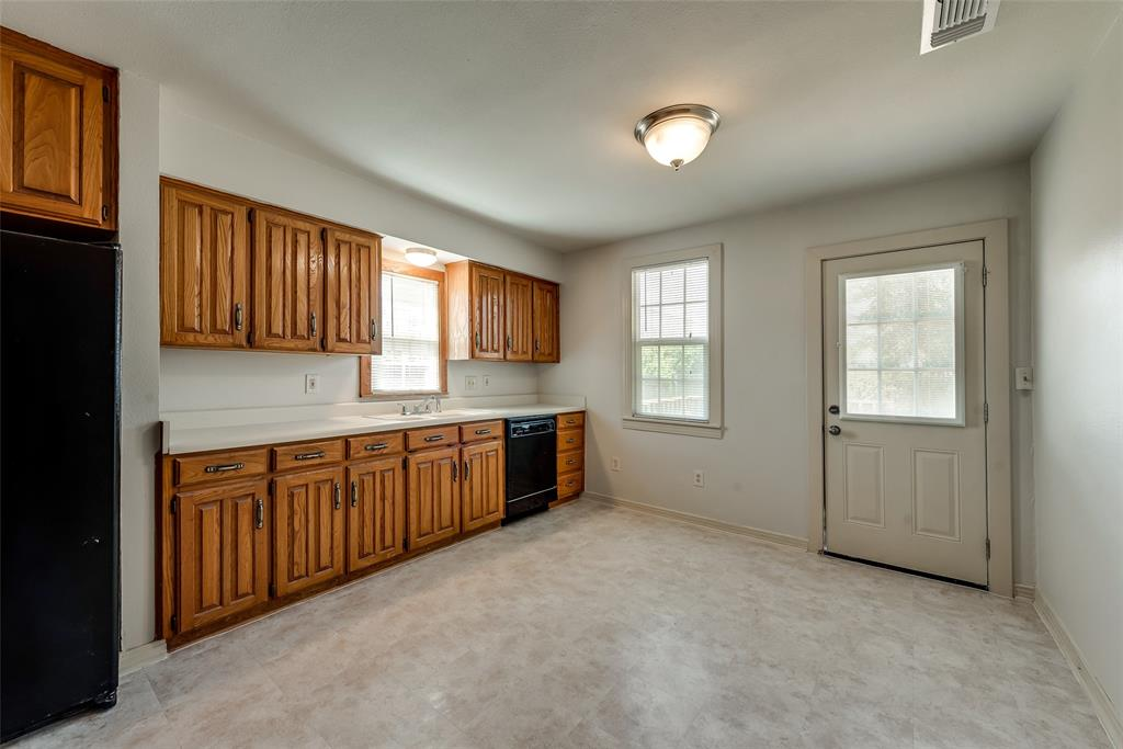 4616 Byers  Avenue, Fort Worth, Texas 76107 - acquisto real estate best real estate company in frisco texas real estate showings