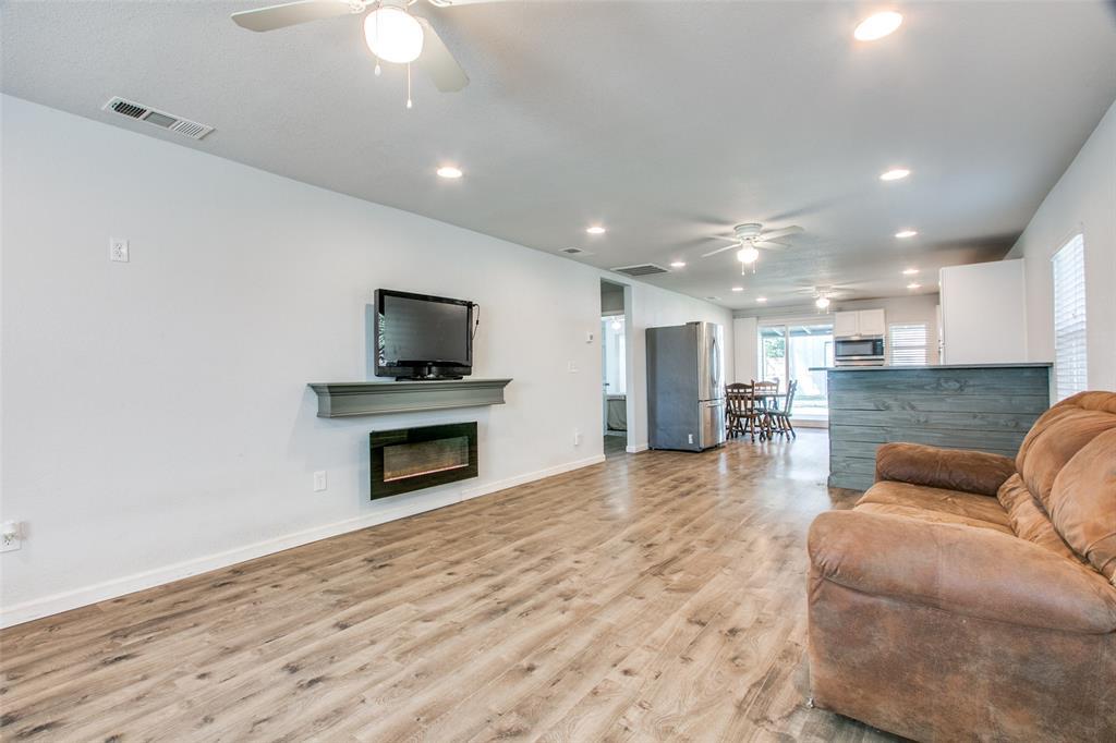 605 6th  Street, Justin, Texas 76247 - acquisto real estate best celina realtor logan lawrence best dressed realtor