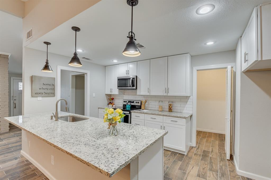 2404 Scotswood Drive, Garland, Texas 75041 - acquisto real estate best the colony realtor linda miller the bridges real estate