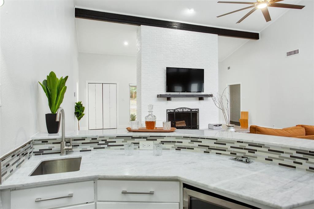 1507 Fielder Road, Arlington, Texas 76012 - acquisto real estate best celina realtor logan lawrence best dressed realtor