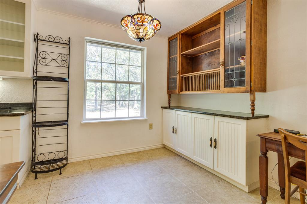 686 Spring Valley  Road, Paradise, Texas 76073 - acquisto real estate best highland park realtor amy gasperini fast real estate service